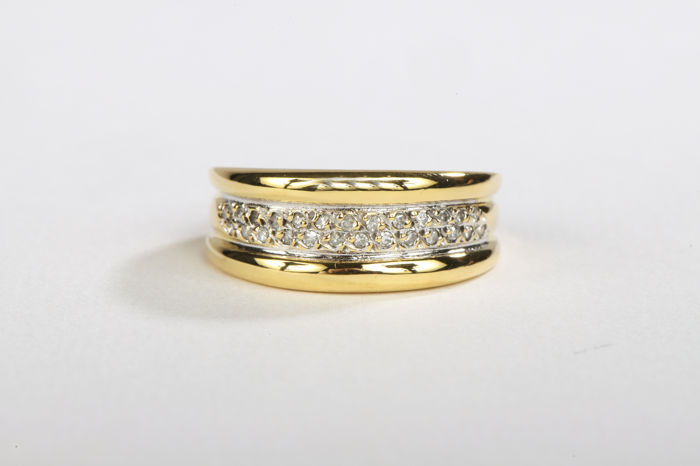 Ring - 18 kt yellow gold - Diamonds of  0.13 ct - Size 58