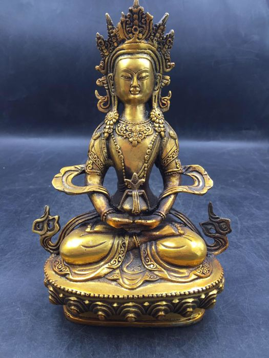 Copper handcarved Buddha - China - 2nd half 20th century
