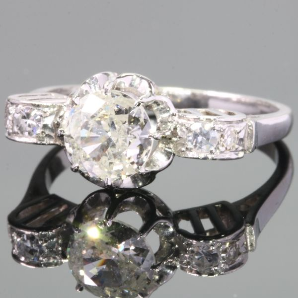 Stunning platinum engagement ring with a 1.12ct. diamond  - anno 1930