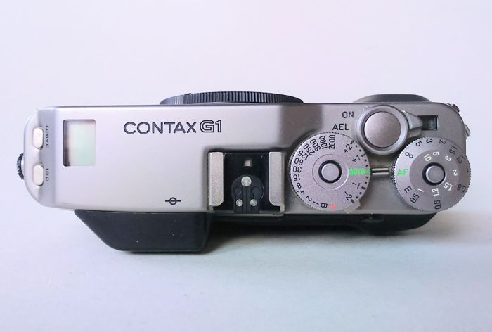 contax g1 35mm data back gd 1 cap and strap instruction manual rh auction catawiki com Contax G1 in Hand Contax G1 with 21Mm