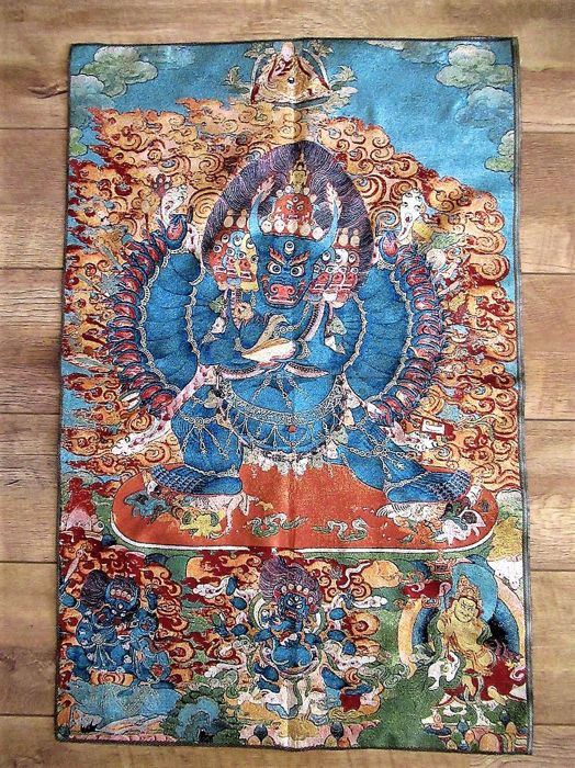 Large Tibetan Buddhism Silk Embroidery thangka Mahakala Buddha - second half 20th Century (90 cm)