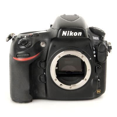camera nikon d800 body only with around 12 000 clicks and double