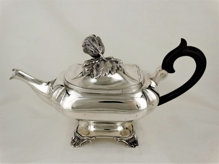 Silver tea pot, Dirk Frederik Ehnlé, the Hague, 1849