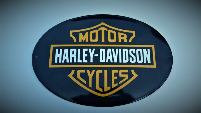 HARLEY DAVIDSON logo - Burning porcelain enamel. Size 40 / 28cm . Little used.