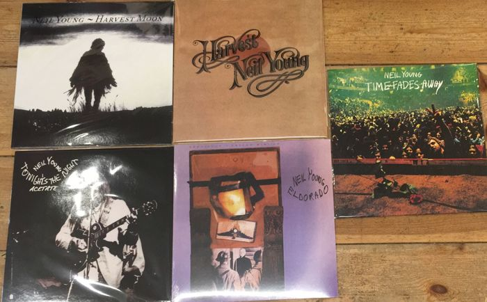 Five albums of Neil Young    Sealed    Great quality