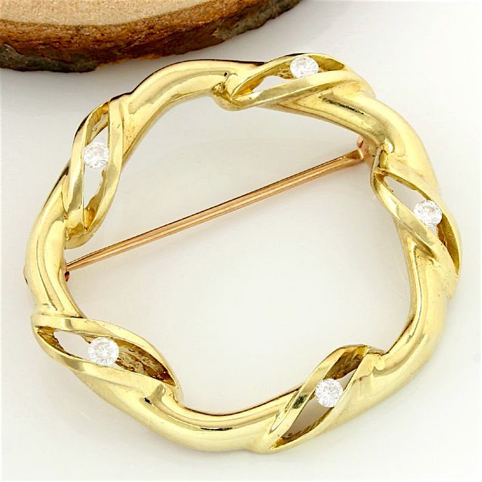 14kt Yellow Gold,total 0.25 ct European/Round Cut H-I, SI1 Diamond Pin Brooch