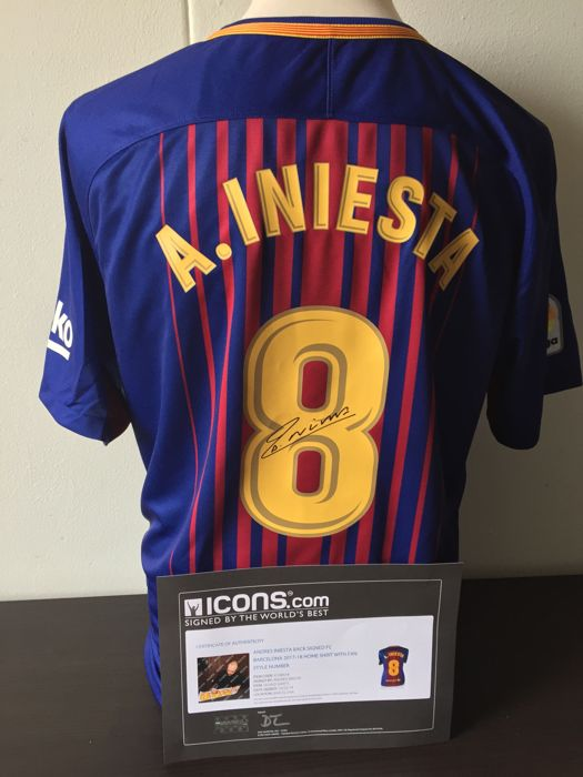 Andrés Iniesta FC Barcelona 2017/2018! - Personally Hand Signed Home Shirt + COA and Photoproof!