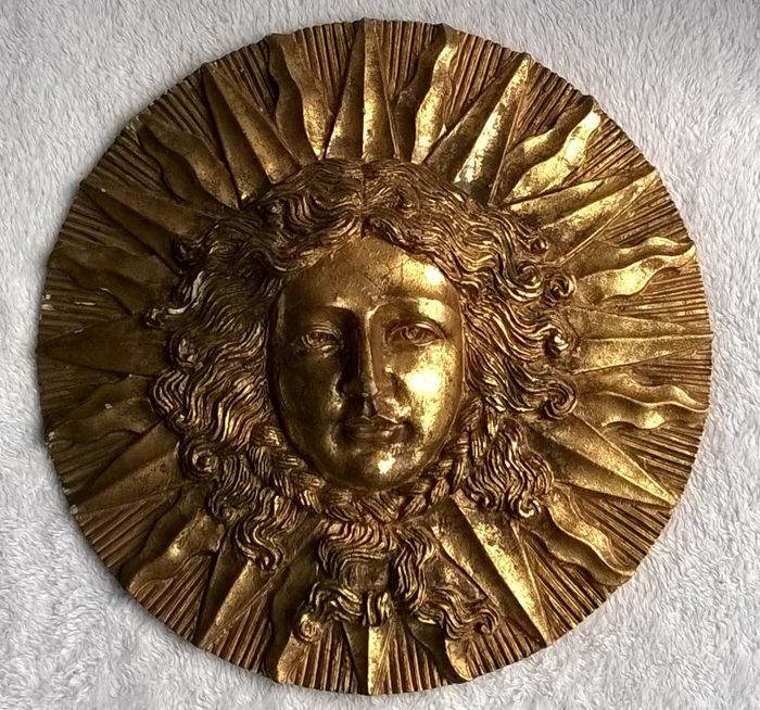 Manufacturer Unknown Large Hand Gilded Plaque With The Face Of The