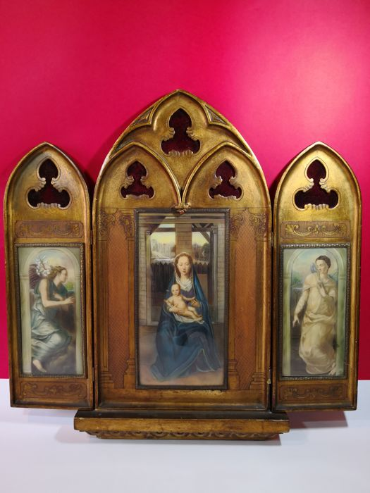 Wonderful old votive aedicule in three sections with signed painting on avoriolina