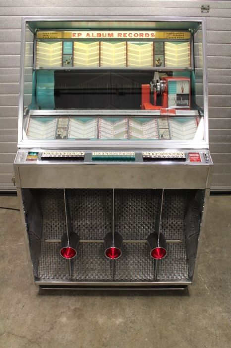 SEEBURG 201 Jukebox with 200 selections on singles