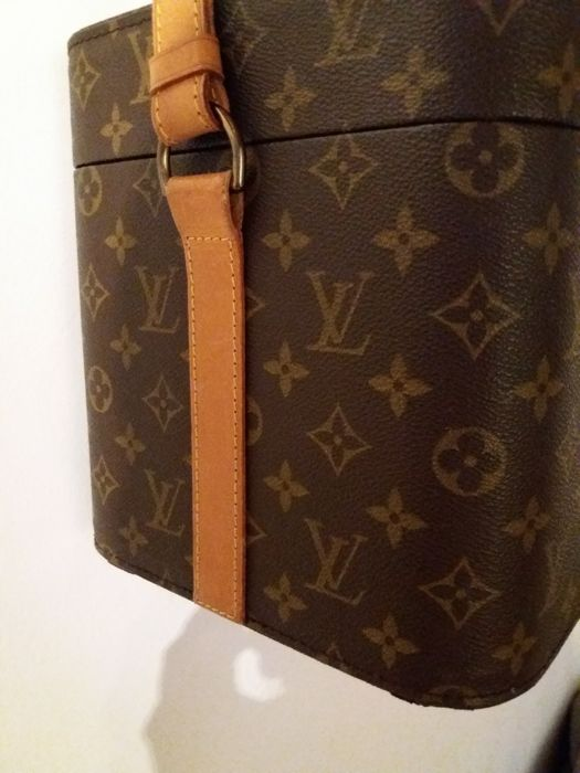 louis vuitton monogram make up tasche vintage catawiki. Black Bedroom Furniture Sets. Home Design Ideas