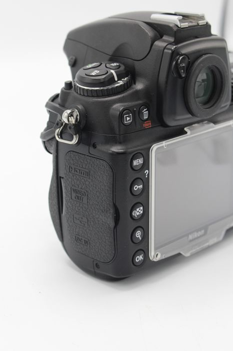 Nikon D700 Full frame body with 2 batteries and manual - very good  condition - (2944) - Catawiki