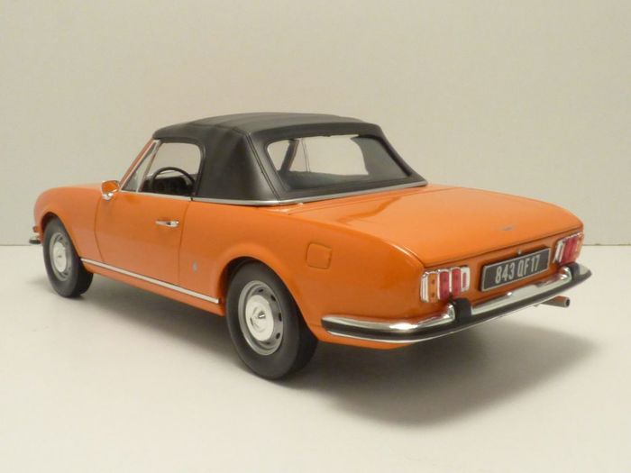 Norev - scale 1/18 - Peugeot 504 cabriolet 1970 - Orange