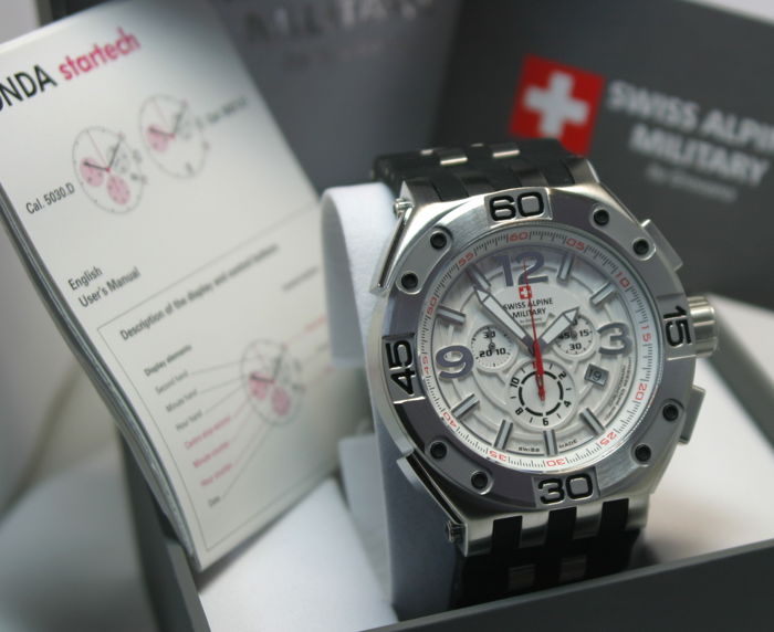 Swiss Alpine Military - Chronograph  - 7032.9832SAM - Heren - 2011-heden