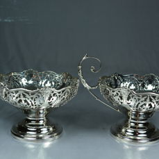 Pair of silver bowls for sweets - Mappin & Webb, Limited - Birmingham - 1929