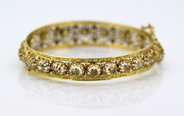 Antique French art deco 18k gold ladies bangle with rose cut diamonds (2.55 CT total) C.1920's