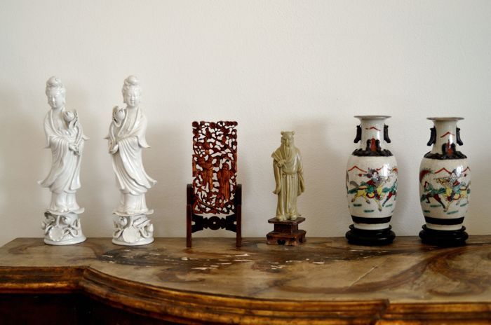 Small Statues And Oriental Vases China Second Half Of The 20th