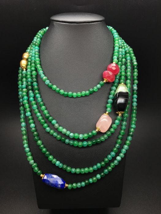 Extra long necklace composed from emeralds semiprecious stones and cultured freshwater pearls, faceted ruby, faceted lapis lazuli, nuget quartz and agate in 14K/585 yellow gold  – length 235cm - no reserve