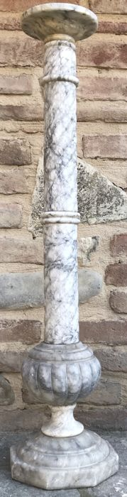 Small pillar in black veined alabaster - Italy - 1930s/40s