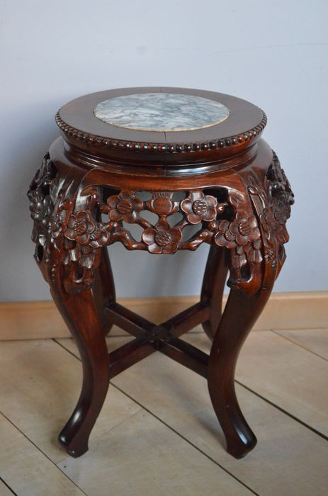 A Richly Carved Wooden Side Table With A Marble Top China Second - Marble and wood side table