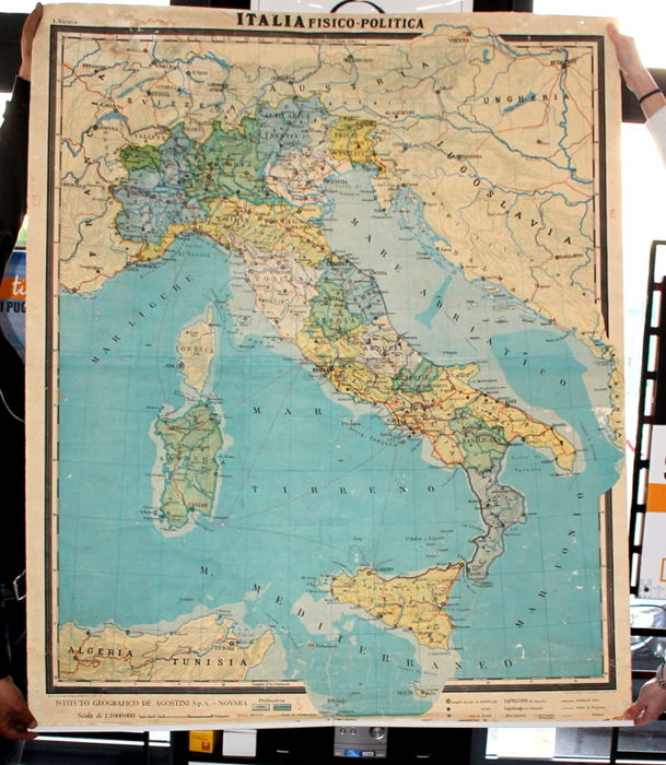 Physical and political Map of Europe and Italy - In plastic-coated fabric - 1981/1966 - Large format