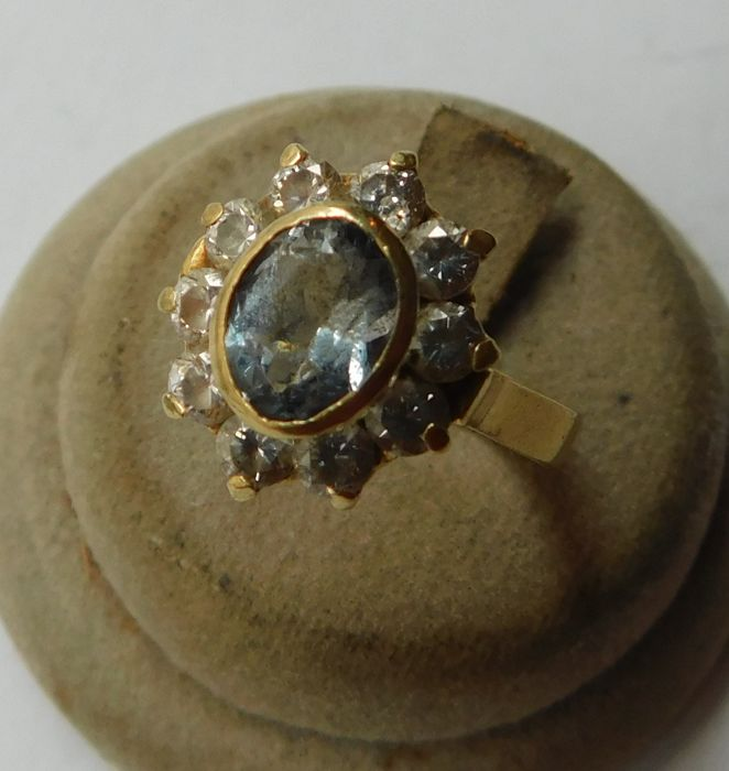 Anello in oro giallo,con zaffiro, 18 kt, gr 5,4, ct 1,2, interno mm 17,2
