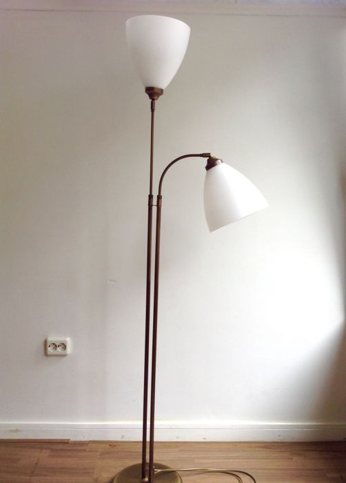 Double copper floor lamp with white glass shades