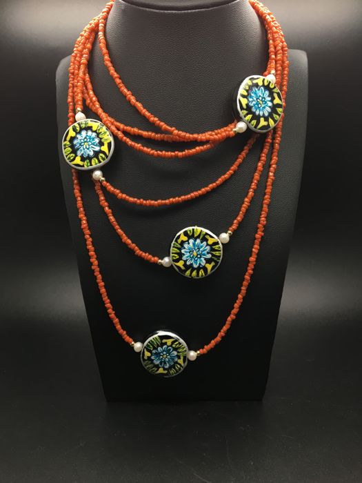Extra long necklace composed from orange coral semiprecious stones and cultured freshwater pearls, ceramic handpainted beads in 14K/585 yellow gold  – length 217cm - no reserve