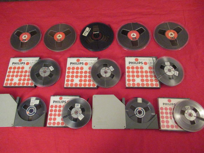 5 BASF audio tapes on 18 cm reel, 3 PHILIPS tapes on 15 cm reel, 2 PHILIPS and 2 AGFA tapes on 13 cm reel