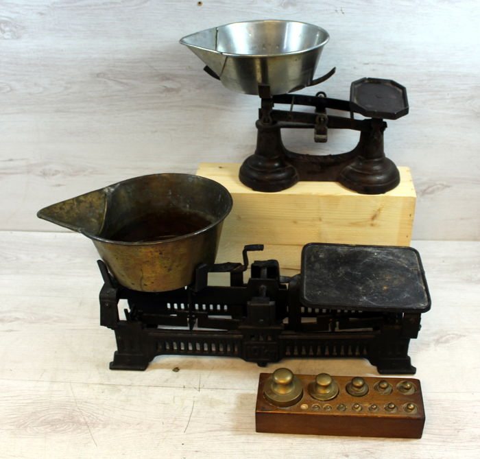 Two balance scales with pans and weights - England - 1st half 20th century