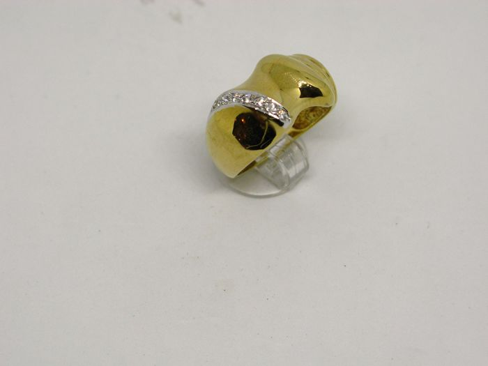 14k (585/1000) yellow gold ring 8,5gr set with synthetic stones - size:57,.5 - No free resizing