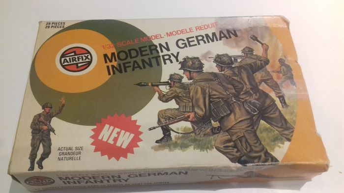 9boxes of miniature soldiers made by AIRFIX