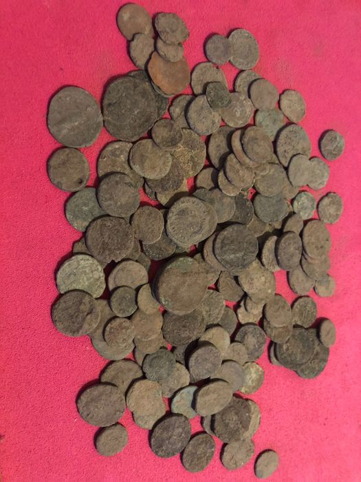 Roman Empire - 140 pieces AE-coins, 3rd/4th century (140x)