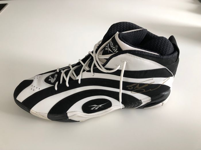 f72652b6db9dc Shaquille O Neal signed Reebok Kamikaze Game Issue Not Worn Shoe Size 22 -  Catawiki