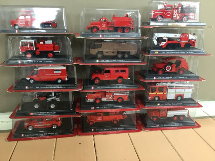 Del Prado - Scale 1/50-1/80 - Lot with 15 fire engines
