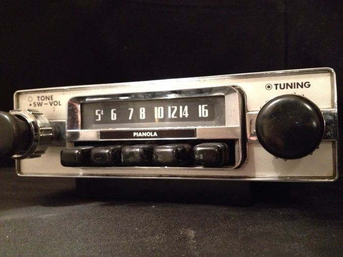 Pianola SR - 217 classic car radio from the 1960s/1970s Mercedes, Opel, BMW, Ford, etc.