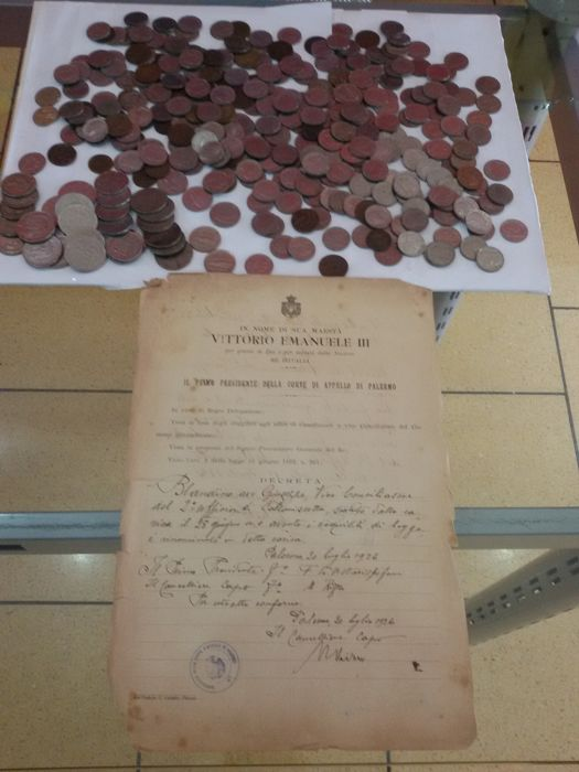 Italy, Kingdom - Lot of 340 coins with old document