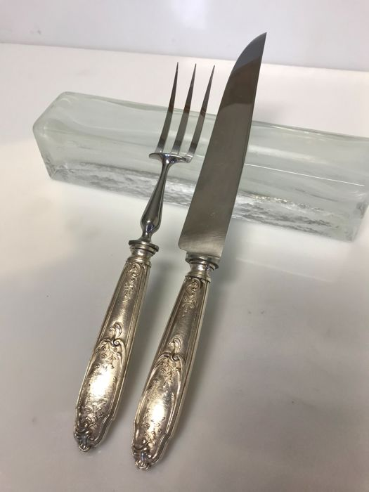 2 carving utensils - foliage/floral pattern, (silver plated metal)