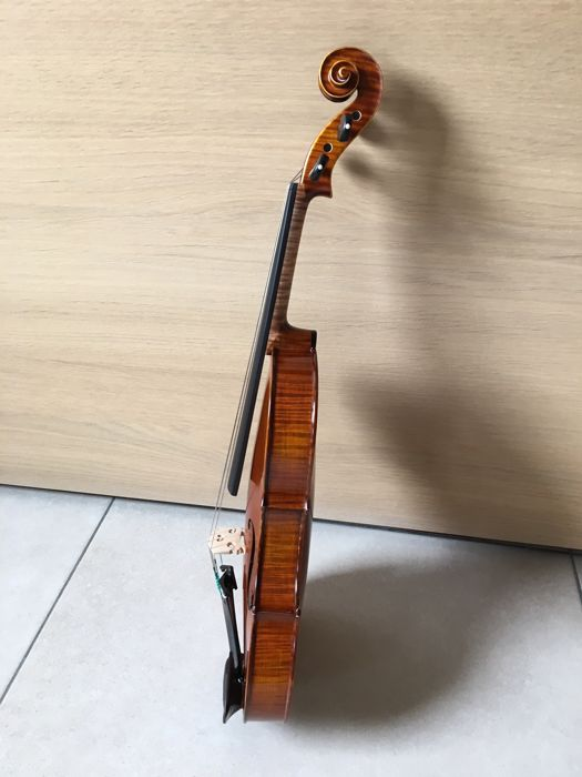 GLIGA MAESTRO violin left-handed! Built in 2007, with certificate!