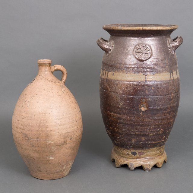 Stoneware container pot and jug - The Netherlands - 19th century
