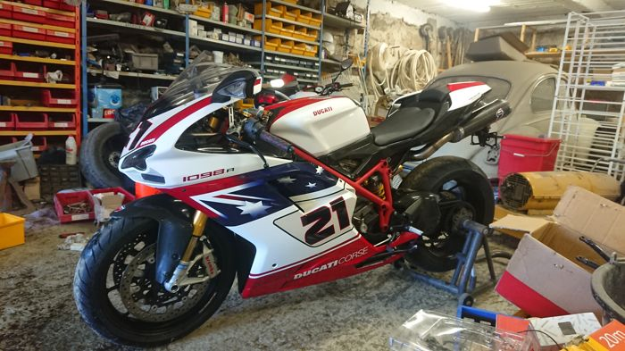 Ducati - 1098R - Troy Bayliss Edition - no 165/500 - 2009