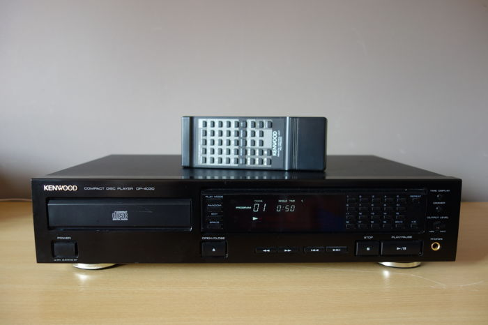 Kenwood DP-4030 Compact Disc Player (1990-93)