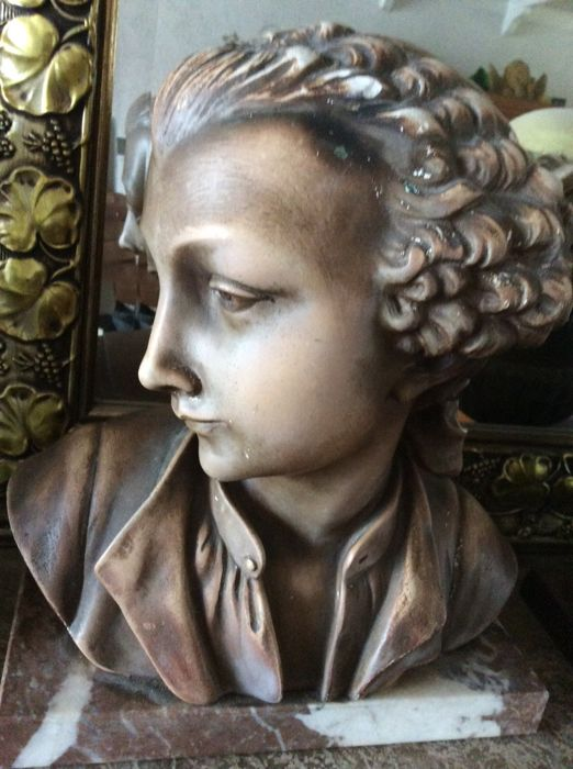 Art Deco young Mozart M. Secondo on marble base, first half 20th century