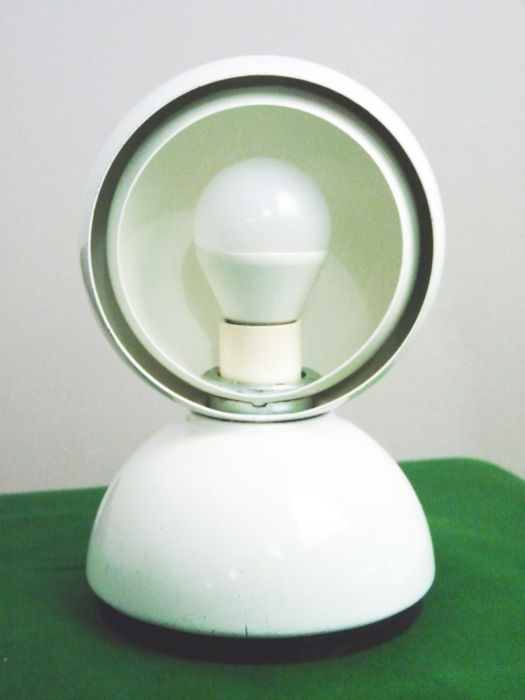 Vico Magistretti for Artemide - Table lamp Eclisse