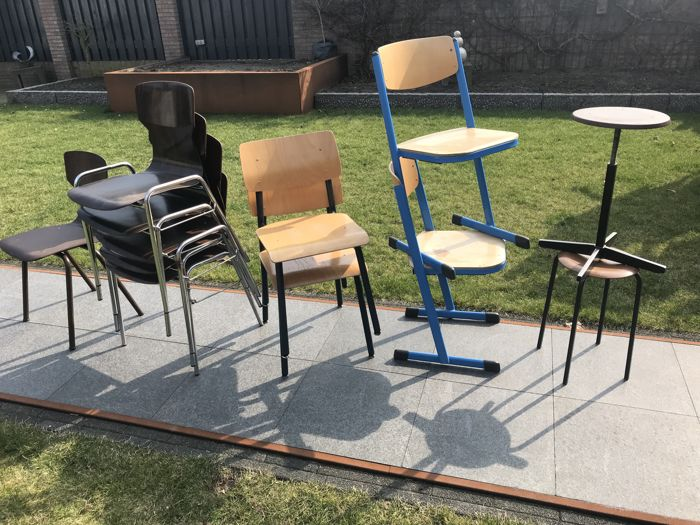 Oa Eromes Wijchen - 9 industrial chairs, 2 stools