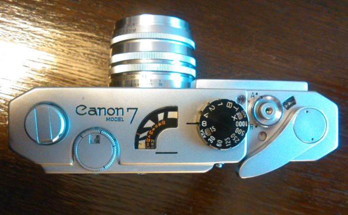 Canon 7 rangefinder with Canon 50mm f:1,8 early chrome lens. Japan 1961.