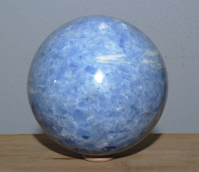 Good Quality Large polished blue calcite sphere - 14.46cm - 4280 gram