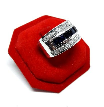 Ring in 18 kt white gold with 1.25 ct of sapphires and 0.60 ct of diamonds