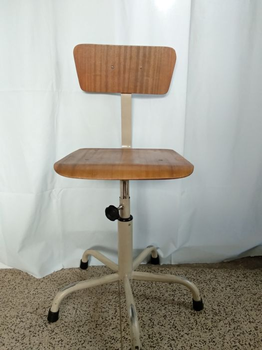 Unknown manufacturer - vintage Architect Wooden Chair