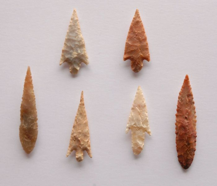 Lot with 6 arrowheads from Niger - 37 - 55 mm
